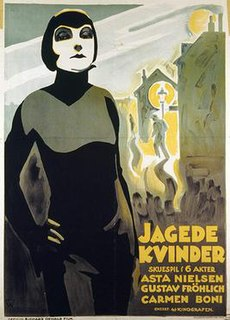 <i>Agitated Women</i> 1927 film by Richard Oswald