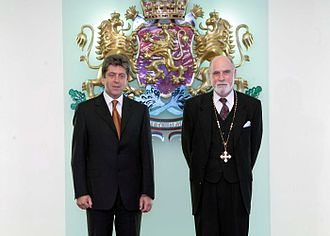 Vint Cerf - Cerf and Bulgarian President Parvanov being awarded the St. Cyril and Methodius in the Coat of Arms Order