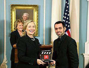 Farbod Khoshtinat - Farbod Khoshtinat receiving the democracy video award from the US secretary of state Hillary Clinton, September 2010