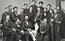 19. yüzyıl elbiseli grup 18 genç ve yaşlı erkekler