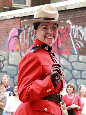 Scarlet (color) - Image: RCMP female officer