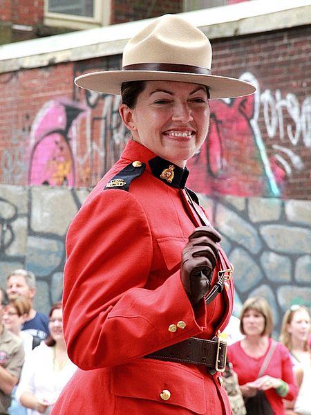 450px-RCMP-female-officer.jpg