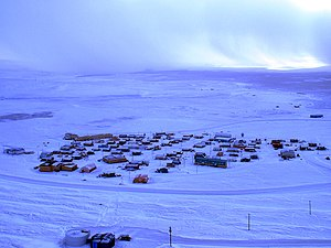 Resolute, Nunavut - Image: View of resolute bay 4