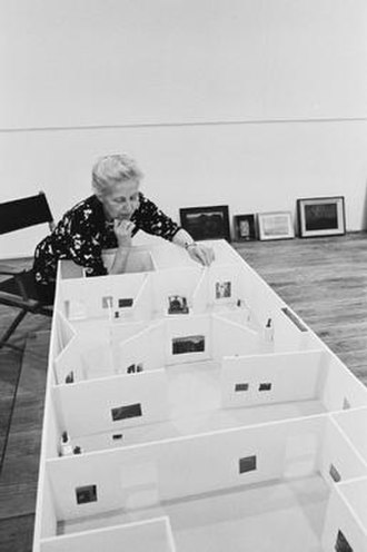 Dominique de Menil - Dominique de Menil with gallery model, Houston, 1973