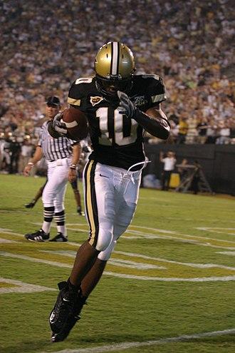 Earl Bennett - Bennett celebrates a touchdown at Vanderbilt