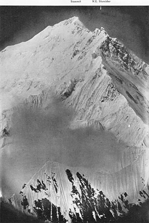 1921 British Mount Everest reconnaissance expedition - Northeast ridge. Photograph taken by Wollaston.