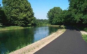 Naviglio Grande - The canal near Turbigo.