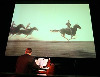Tumbleweeds (1925 film) - Silent Film organist Dennis James at a Ponca Theatre screening of the film.