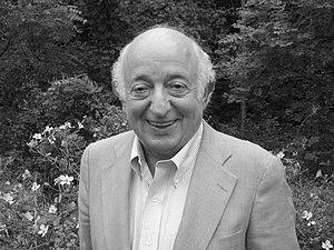 Roger Kahn - Image: Roger Kahn Headshot