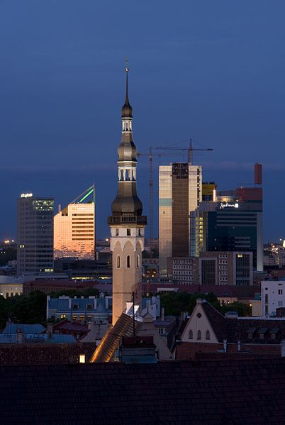 402px-Tallinn-Skyline-Evening.jpg