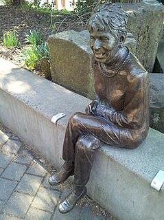 Statue of Vera Katz