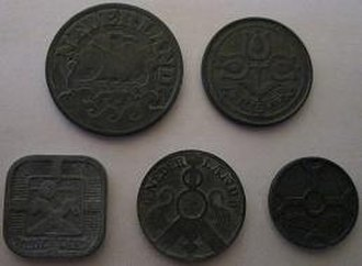 Dutch guilder - Zinc coins minted in the 1940s during the German occupation of the Netherlands (obverse).