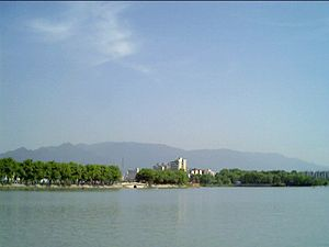 Jiujiang - The mountain range to the South of Jiujiang