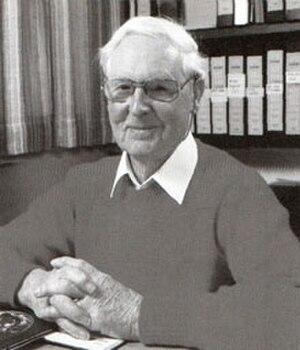 Frank Fenner - Image: Professor Frank Fenner