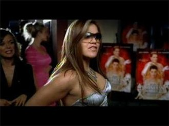 Breakaway (Kelly Clarkson song) - Clarkson attending the movie premiere of The Princess Diaries 2: Royal Engagement, as depicted in the music video.