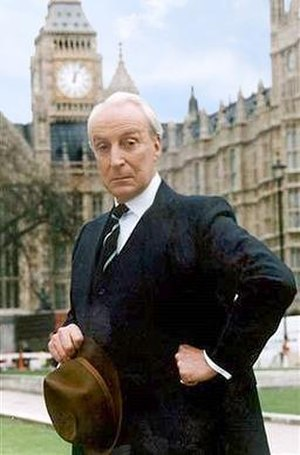 Ian Richardson - Richardson as Francis Urquhart, his character in House of Cards