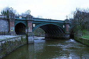 Kelvinbridge - The Great Western Road bridge over the River Kelvin on a typical overcast day in Glasgow (23 March 2007)
