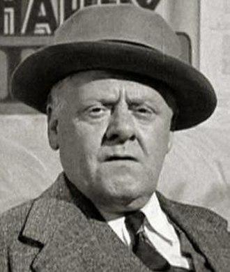 Joe Yule - Yule in Air Raid Wardens (1943)