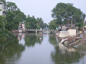 Mayiladuthurai - Bridge across the Cauvery River connecting Uttara Mayuram with Mayuram proper