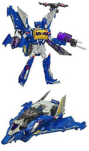 Soundwave (Transformers) - Cybertron Voyager Soundwave toy in robot and jet modes.