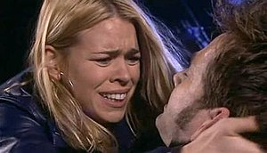 The Stolen Earth - Rose Tyler (Billie Piper) cradles a dying Doctor (David Tennant) after he has been shot by a Dalek gunstick.