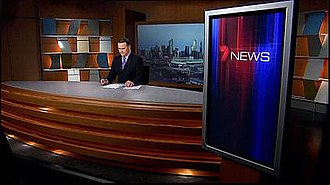 HSV (TV station) - Wideshot of Melbourne's news studio, with Peter Mitchell presenting.