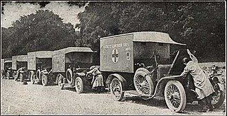 The Well of Loneliness - Women of the Hackett Lowther Unit working on ambulances