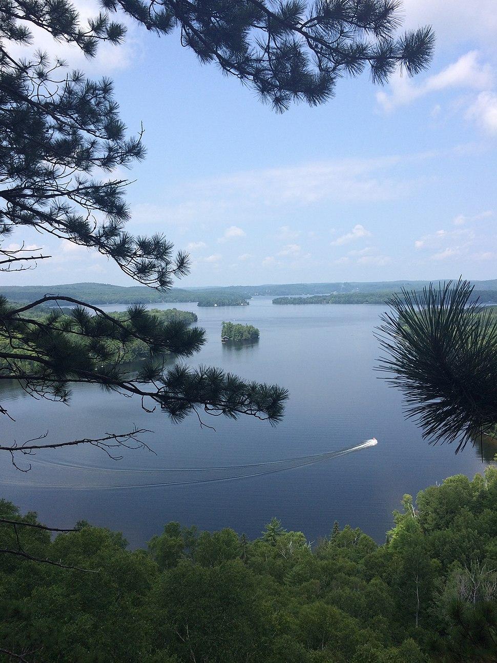 Peninsula Lake, near Huntsville in Muskoka