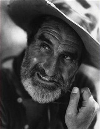 Ernest Torrence - Torrence as William Jackson in the western The Covered Wagon