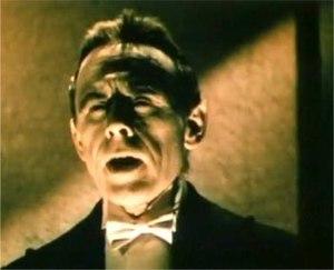 George Rosener -  George Rosener as Otto the butler in Doctor X (1932)