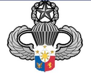 Light Reaction Regiment - Image: The AFP Master Parachutist Badge