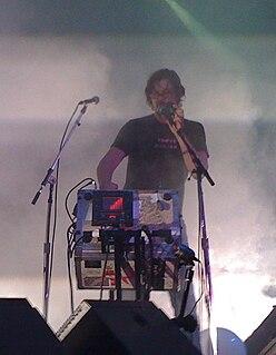 Gibby Haynes American musician