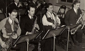 Don Raffell - Image: Charlie Spivak saxophone section with Don Raffell