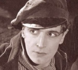 The Rat (1925 film) - Ivor Novello screenshot