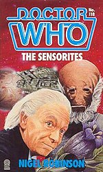 Book cover, featuring William Hartnell as the Doctor, and a Sensorite and spaceship behind him