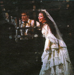 Steve Barton and Sarah Brightman in the final scene.