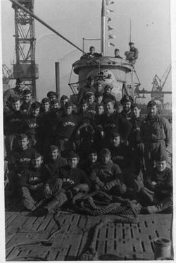 The crew after return from 7th patrol