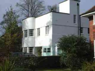 Dorridge - Art Deco house on Avenue Road.