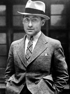 image of Alfred Eisenstaedt from wikipedia