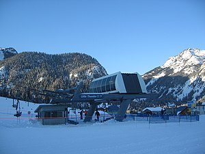 Poma - A Poma fixed grip Alpha model chairlift at Snoqualmie, Washington, USA