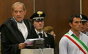 Spartacus Trial - The Court d'Assise President, Raimondo Romeres reads out the verdict of the final sentences on June 19, 2008. (Photo:EPA)