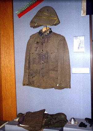 Hüseyin Avni Bey - Lt. Colonel Hüseyin Avni's military uniform, displayed in Istanbul's Military Museum