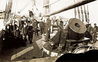 Battle of Forts Jackson and St. Philip - Main deck of Union Navy mortar schooner showing mounting of 13-inch seacoast mortar and crew. (U.S. Army Military History Institute.)