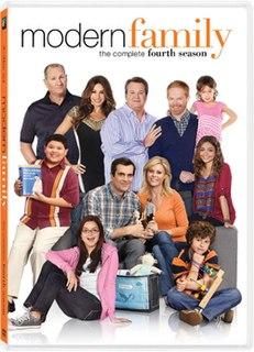 <i>Modern Family</i> (season 4) season of television series