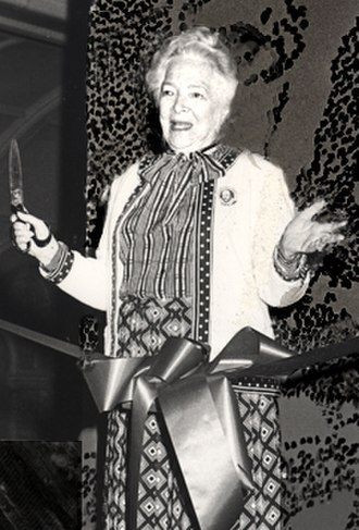 Helen Hayes - Riverside Shakespeare Company Shakespeare Center Dedication with Helen Hayes, 1982.