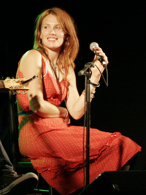 Clare Bowditch - Clare Bowditch during the songwriters' workshop at The Great Escape music festival, 2006.