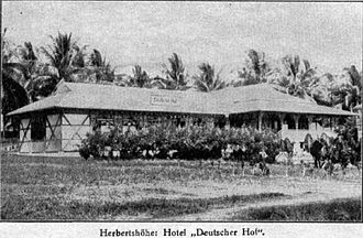 Morobe Province - German hotel at Herbertshöhe (Kokopo) on New Pomerania, circa 1912. The small German colony in Herbertshöhe capitulated to the Australian troops by mid-September 1914.