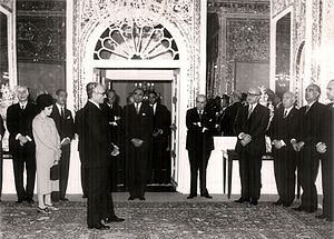 Jafar Sharif-Emami - Mohammad-Reza Shah welcomes Sharif Emami and his government in Niavaran Palace