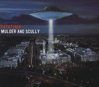 Mulder and Scully (song) - Image: Catatonia Mulder Scully 109700