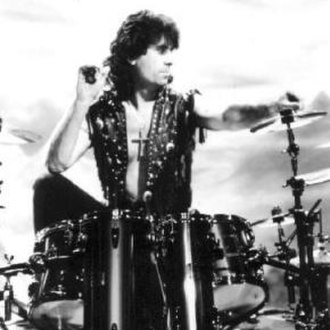 Cozy Powell - Cozy Powell in 1990 as a member of Black Sabbath